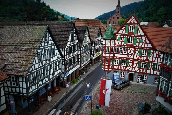 Learn everything about the German home