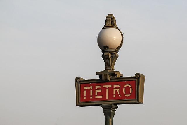 french public transport paris metro