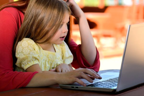 how to raise a bilingual child using different resources