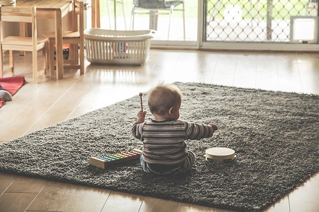 child playing music