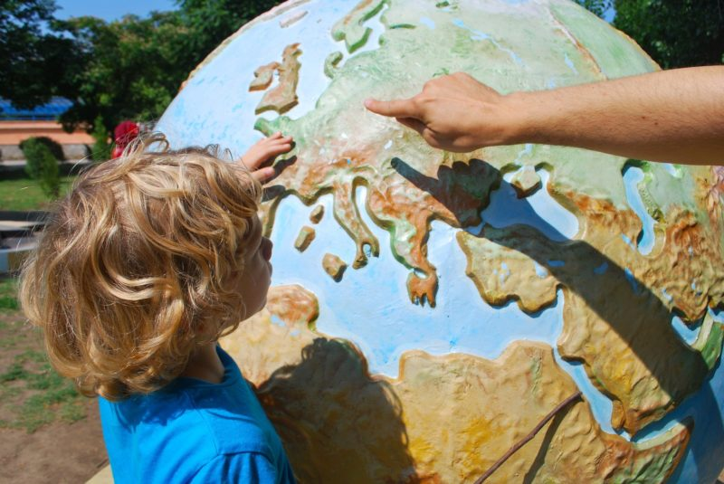 how to raise a bilingual child successfully