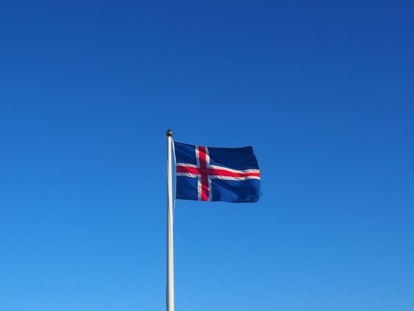 how to learn Icelandic