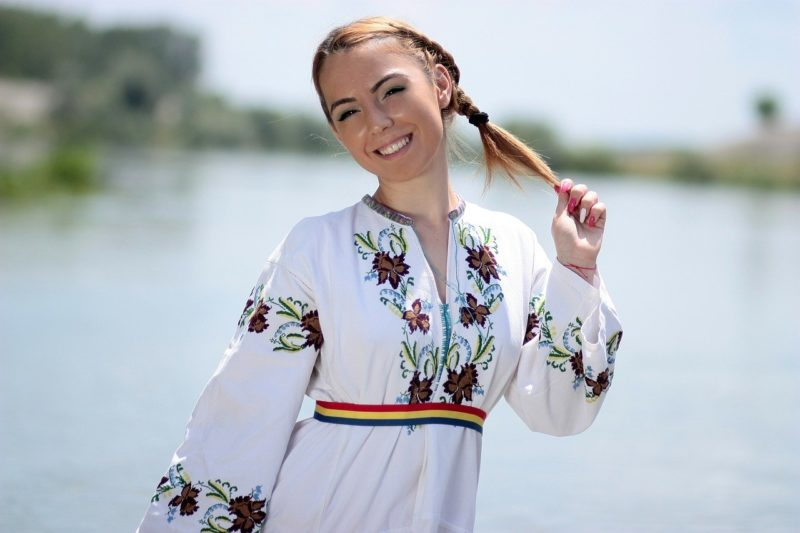 Here are the best reasons why you should learn Romanian