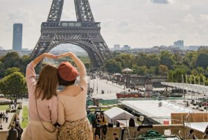 Learn common French phrases and expressions for essential travel vocabulary