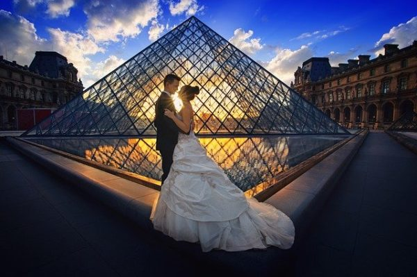 Learn romantic French phrases before you get married